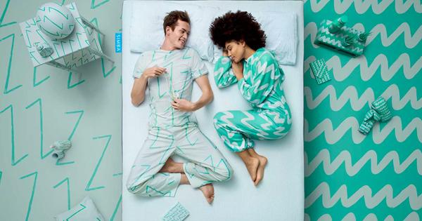 Image Simba matelas couple sur un lit